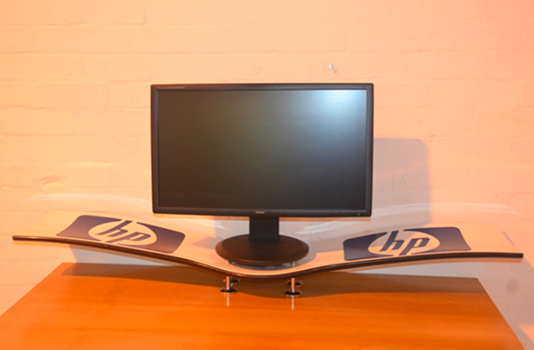 williams_f1_wing_monitor_stand